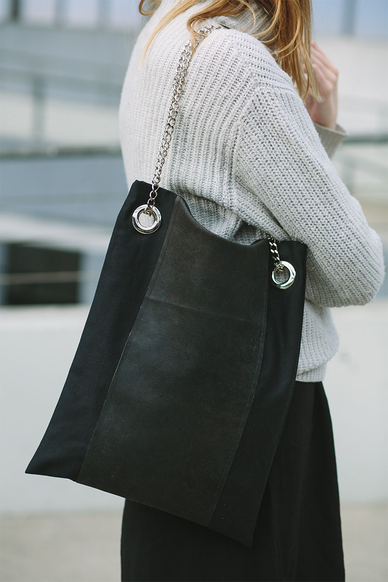 capsule-collection-cork-bag